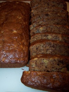 Linda's Lunacy Cinnamon Apple Banana Bread